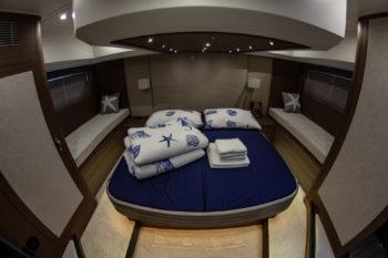 beneteau gran turismo 50 cabins