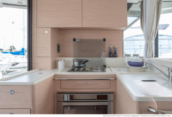 Swift Trawler 41 kitchen